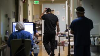 Лекари в САЩ започват да отказват да се занимават с неваксинирани