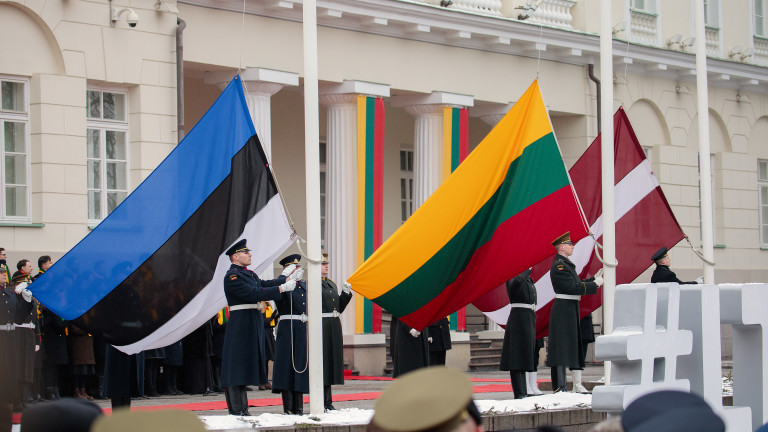Латвия, Литва и Естония гонят дипломати на Русия в знак на солидарност с Чехия