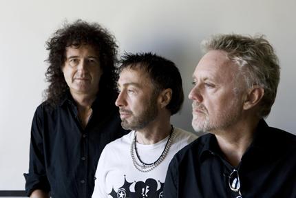 Queen пускат албум с неиздавани песни
