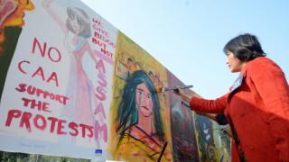 Протестите срещу спорния закон в Индия продължават