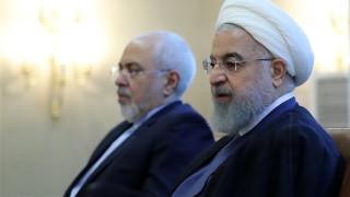 Президентът на Иран не прие оставката на външния министър Зариф