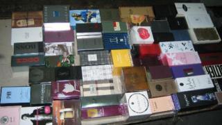Хванаха нелегален внос на парфюми за 3 млн. лв.