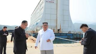 """Ким Чен-ун нареди събаряне на """"неприятни"""" сгради на Южна Корея"""
