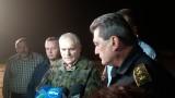 Евакуираха 2 села заради пожара в Кресна, министър Радев пристигна на място