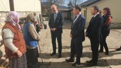 Старческите домове остават толкова и ще се реформират, увери Бисер Петков