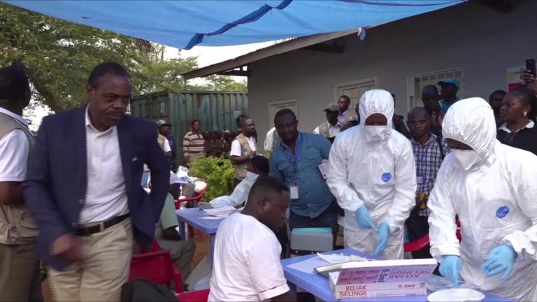 Борбата с ебола в Конго ще продължи месеци наред. Очаква