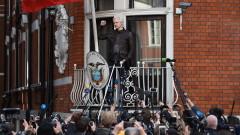 Мексико иска освобождаването на Асандж от британския затвор
