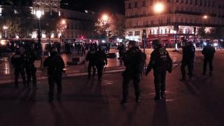Сблъсъци между антифашисти и полиция в Париж след изборите