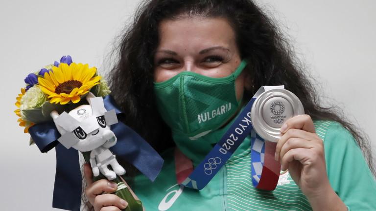 Антоанета Костадинова спечели първи медал за България на Олимпиадата