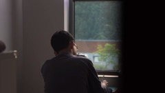 След 100 часа работа седмично, южнокорейци бягат в измислен затвор