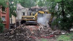 """Оспорват в съда разрушаването на 110-годишната """"Двойна къща"""""""