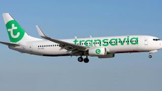 Пърдящ пътник принуди самолет да кацне аварийно