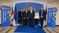 """Алана Армитаж от ООН при Красен Кралев: България е доказан лидер в региона и света в сектор """"Младеж"""""""