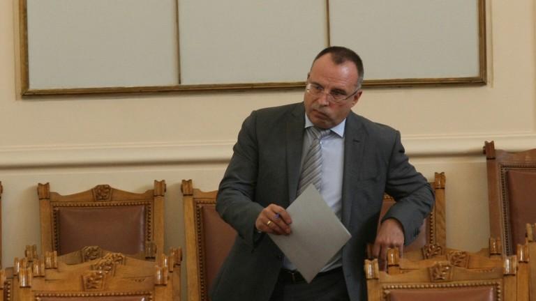 Порожанов следи внимателно проблема с фипронила