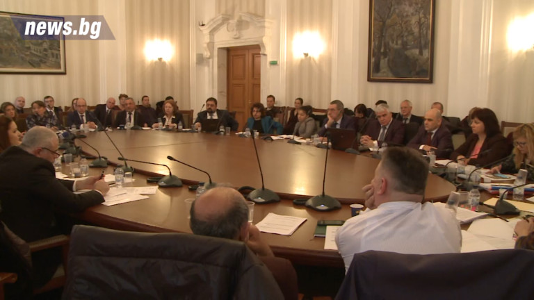 Депутатите приеха на второ четене промените, регламентиращи вноса на работна