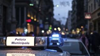 Полицаи ранени с нож при атака в Милано