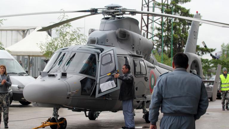 """За пръв път над Гергьовския парад лети хеликоптер """"Пантер"""""""