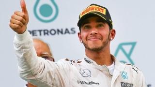 Люис Хамилтън спечели Гран при на Китай!