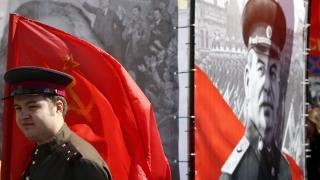 Новосибирск посреща 9 май с билбордове със Сталин