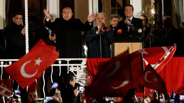 Турското законодателство забранява предизборната агитация в чужбина