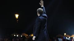 Политици поздравиха Макрон за победата