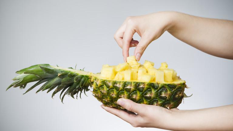 Ананасът може да е много полезен плод, но нарязването му