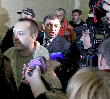 Пребили Алексей Петров в ареста?