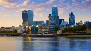 Британският бизнес призова Мей да подкрепи втори референдум