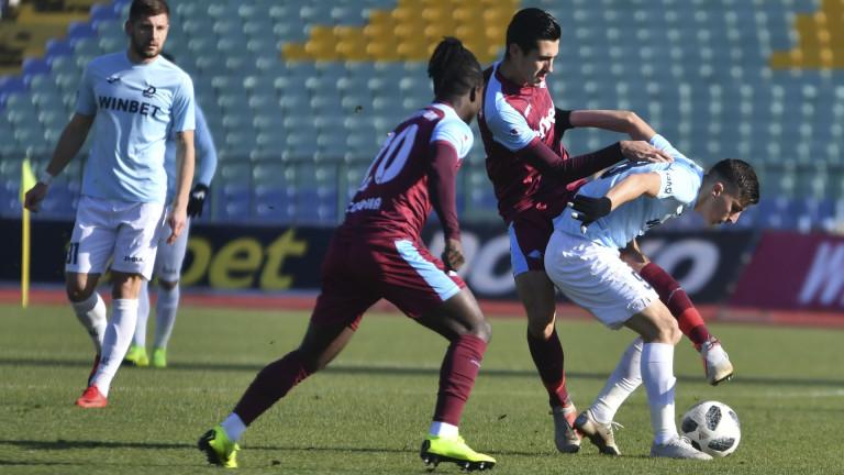 Дунав и Септември в спор за по-добра позиция на баражите в Първа лига