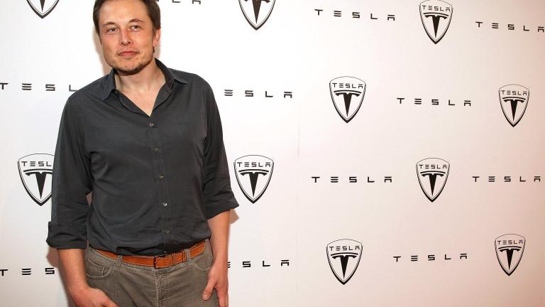 Мъск по време на отварянето на шоурум на Tesla, Лос Анджелис, 2008 г.