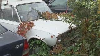 Премахват изоставени коли в Благоевград