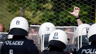 Близо 60% от търсещите убежище пристигат в Германия без документи през 2018 г.
