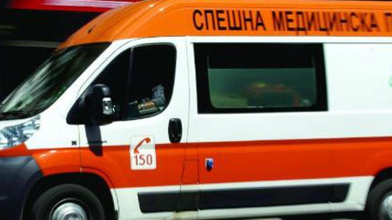Верижна катастрофа с 5 коли и автобус между Бургас и Созопол