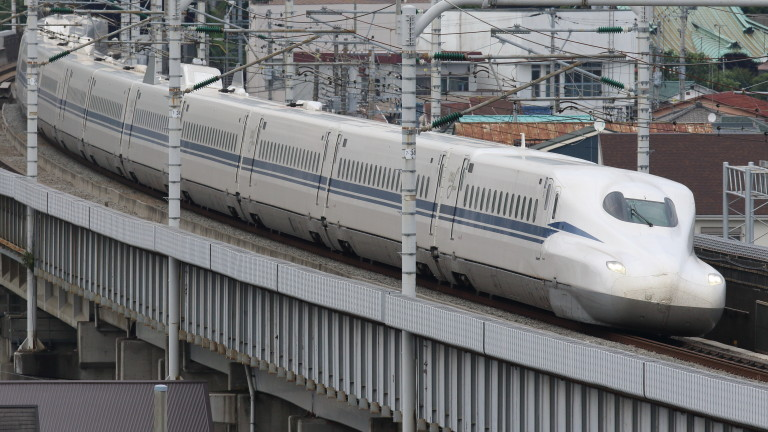 Нов модел влак стрела, който ще влезе в експлоатация преди