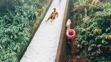 Екстремно! Спуснете се по естествената водна пързалка Waipio (СНИМКИ +ВИДЕО)