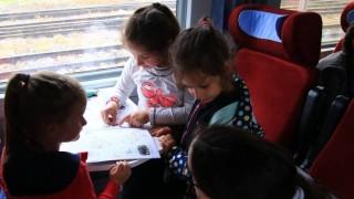 БДЖ предлага учениците и студентите да получават 50% намаление при пътуване с влак