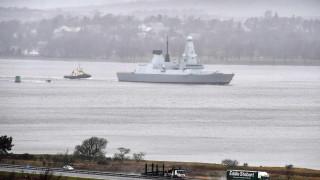 Руските военни пуснаха видео от прелитането над британския разрушител
