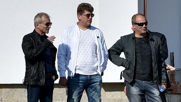 Стойчо Стоилов изригна: Срещу нас са целият футболен съюз и съдиите! (ВИДЕО)