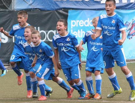 Младите левскари със седмо място от турнир в Москва
