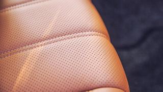 Неудобните автомобилни седалки стрували на британската икономика милиарди