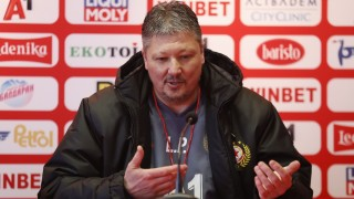 Любослав Пенев застава пред медиите преди мача с Ботев (Враца)