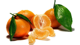 Откриха опасни пестициди в салати и мандарини
