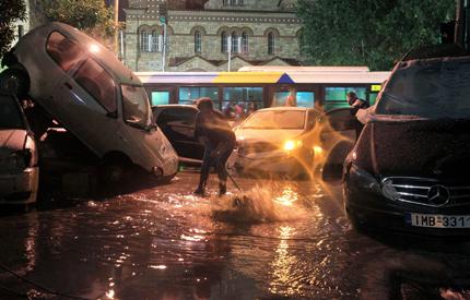 Гърция обяви извънредно положение заради наводнения