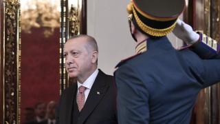 """Ердоган заподозря """"организирана престъпност"""" на вота в Истанбул"""