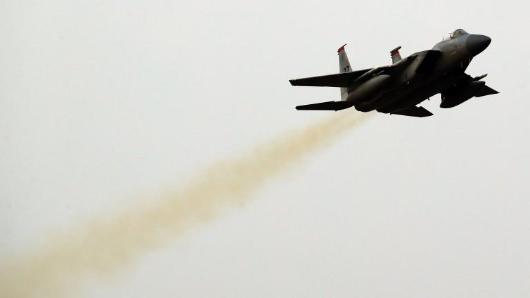 Саудитската коалиция засилва въздушните удари в Йемен след смъртта на Салех