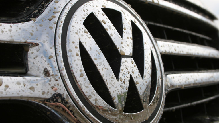 Германският автомобилен производител Volkswagen проявява интерес към закупуване на дял