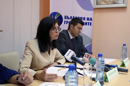 Сериозни промени в закона за референдумите иска Кунева