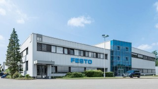 Германската Festo удвоява персонала в завода си в София