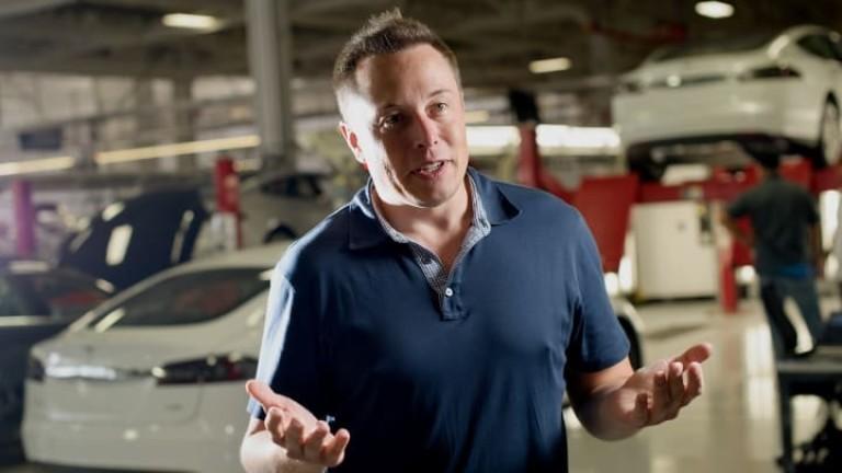 Акциите на производителя на електромобили Tesla поставиха нов отрицателен рекорд.