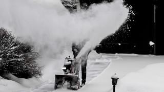Части от Германия връхлетени от снежна буря и силен вятър